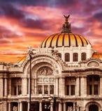 Slott av konster i Mexico - stad Arkivbild
