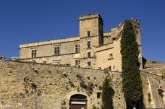 Slott av Lourmarin, Provence Alpes, skjuld'Azur, Arkivfoton