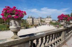 Slott av Luxembourg trädgårdar, Paris, Frankrike royaltyfria foton