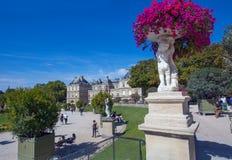 Slott av Luxembourg trädgårdar, Paris, Frankrike royaltyfri bild
