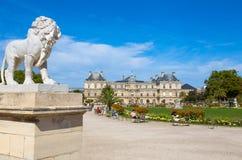 Slott av Luxembourg trädgårdar, Paris, Frankrike arkivbild