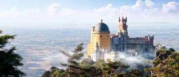 Slott av Pena i Sintra, Portugal Arkivfoto