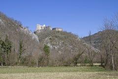 Slott av Petrapilosaen Royaltyfri Bild