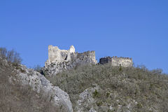 Slott av Petrapilosaen Royaltyfri Fotografi