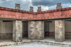 Slott av Quetzalpapalotl på Teotihuacan Royaltyfria Foton