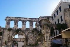 Slott av Roman Emperor Diocletianus Arkivfoton
