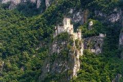 Slott av Salorno Royaltyfri Fotografi