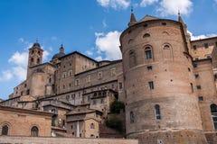 Slott av Urbino i Italien Arkivfoton