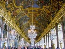 Slott av Versailles Hall av speglar Royaltyfria Bilder