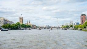 Slott av Westminster, Big Ben, Westminster bro, London öga V Arkivbilder