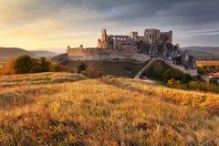 Slott Beckov i Slovakien fotografering för bildbyråer
