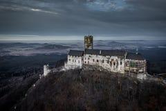 Slott Bezdez i Tjeckien royaltyfria foton