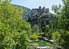 slott de fontaine över vaucluse Arkivbilder