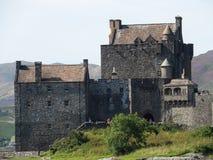 slott donan eilean scotland Royaltyfri Foto