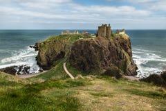 slott dunnottar scotland arkivbild