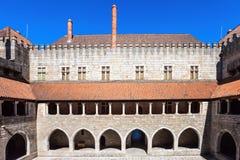 Slott Duques av Braganza Arkivfoto