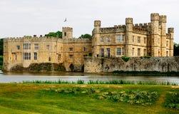 slott england leeds arkivbilder