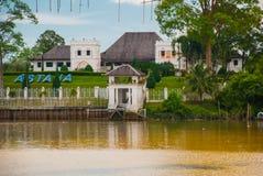 Slott för den Astana eller regulator`en som s lokaliseras i Kuching i landskapet av Sarawak, ön av Borneo och landet av Malaysia Arkivbild
