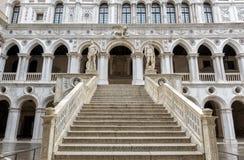 Slott för doge` s i Venedig, Italien Royaltyfri Fotografi