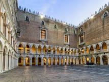 Slott för doge` s i Venedig, Italien Arkivbild