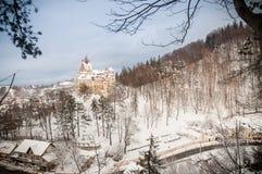 Slott för Dracula ` s i vinter Royaltyfria Foton