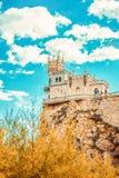 Slott för rede för svala` s på en vagga yalta Gaspra crimea arkivfoto