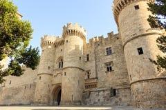 Slott för storslagen förlage i Rhodes, Grekland Arkivfoton