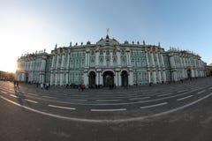 Slott för vinter för eremitboning för St Petersburg slottfyrkant Arkivbilder