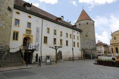 Slott för Yverdon ` s och dess massiva torn Fotografering för Bildbyråer