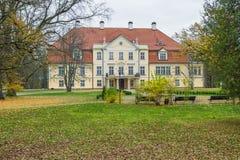 slott gammala latvia Arkivfoto