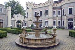 Slott Hluboka arkivbild