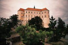 Slott i Mikulov Royaltyfria Foton