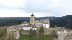 Slott i Stara Lubovna stock video