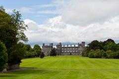 slott ireland kilkenny Arkivfoton
