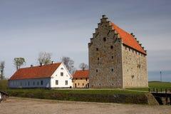 slott långt medeltida inte s Arkivfoto