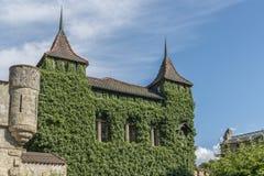 Slott Lichtenstein - hjälpbyggnad med tornet Arkivbilder