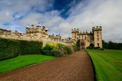 Slott med gräsmatta Royaltyfria Bilder