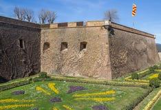 Slott Montjuic på en kulle i Barcelona arkivbild