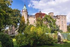Slott nära Szczytna Arkivbild