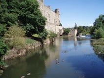 Slott och sjö royaltyfria bilder