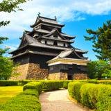 Slott och trädgård för Matsue samurajer feodal. Japan Asien. Fotografering för Bildbyråer