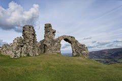 Slott på bergen Royaltyfri Foto