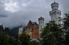 Slott på berget (Neuschwanstein) Royaltyfri Foto