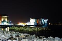 Slott på havet i Naples Arkivbilder