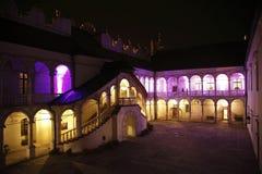 Slott på natten Royaltyfri Fotografi
