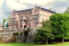 Slott Sobrellano, Comillas, Cantabria, rygg Fotografering för Bildbyråer