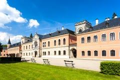 Slott Sychrov Arkivbilder