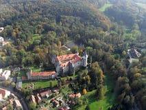 Slott Zleby i Tjeckien arkivbilder