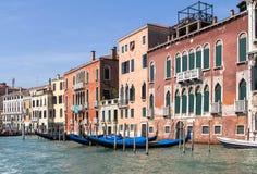 Slottar längs Grand Canal, Venedig, Italien Royaltyfria Bilder