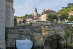 SlottChateau och stad av Dissay Arkivbild